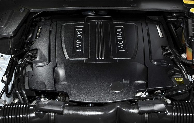 2010 Jaguar XJ Engine