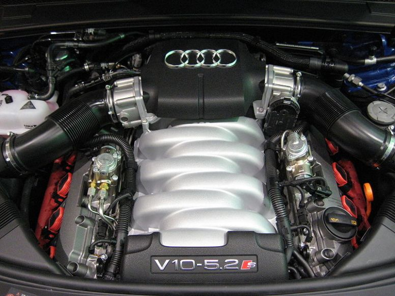 2006 on Audi S6 Engine