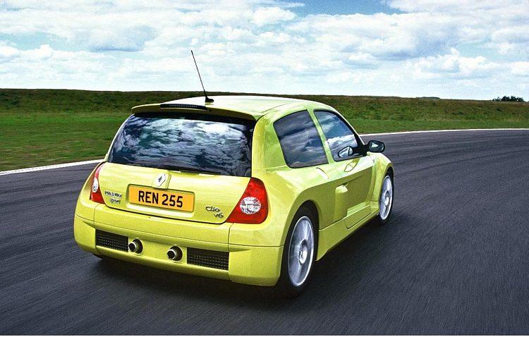 Clio V6 255