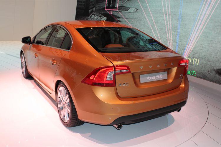 Volvo S60 T6 Rear