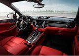 2014 Porsche Macan Turbo Interior