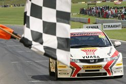 Shedden takes 18th BTCC career win