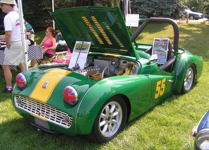 L Triumph Tr Race Car on Old Bmw Race Cars