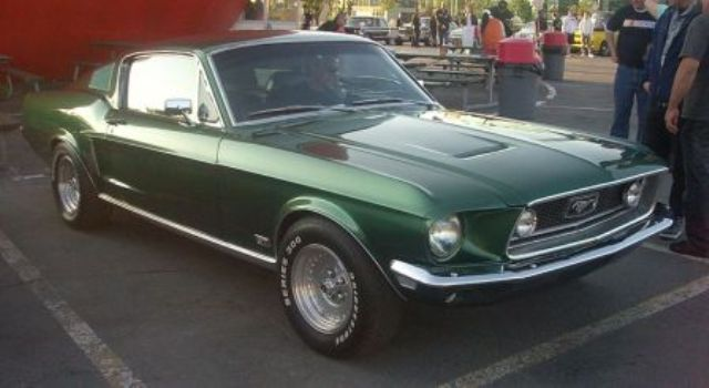 L Ford Mustang Gt