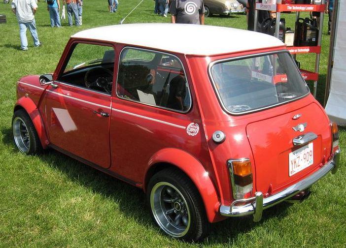 ██ سيارتين ميني كوبر كلاسك مستر بحالة ممتازة L-1990-Mini-Cooper-2