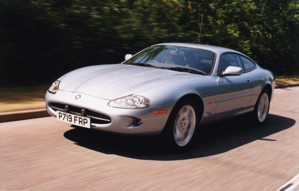 Jaguar xk coupe 2006 2014