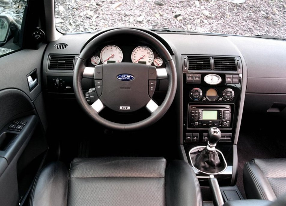 Ford mondeo st220 2002 2007 for Interior ford mondeo