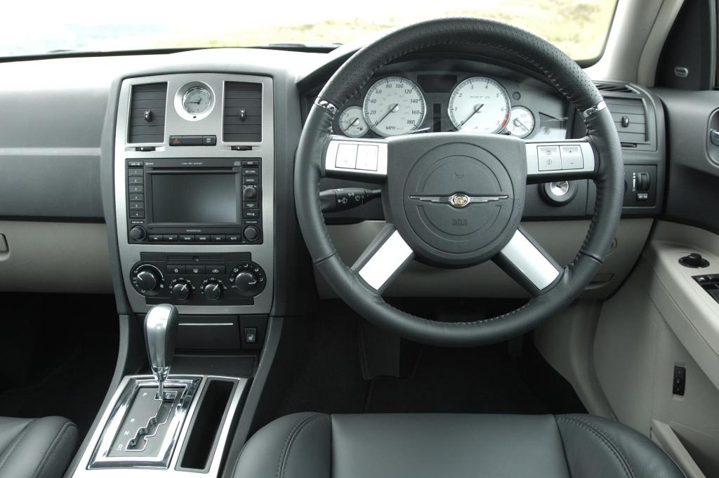 Chrysler 300c srt8 2005 on - Chrysler 300 interior accessories ...