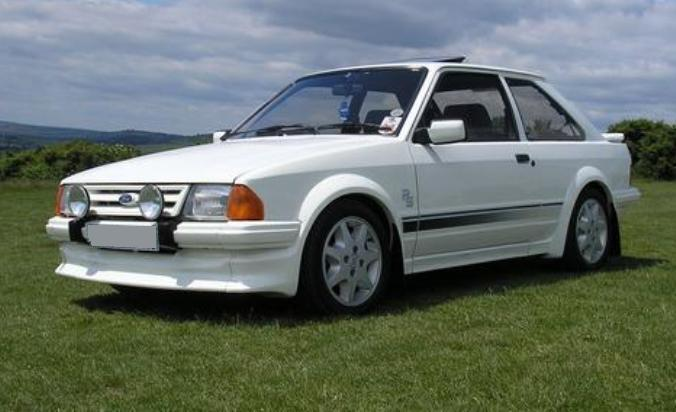 L-Ford-Escort-RS-Turbo.jpg