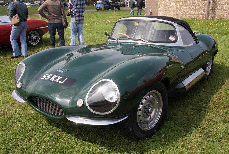 Jaguar Xkss. jaguar xkss following on