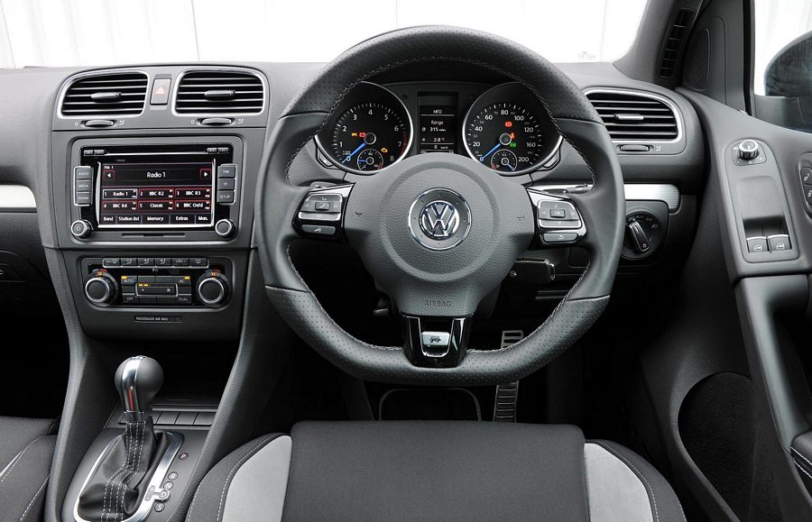 Golf mk6 gti or scirocco 2 0 tsi page 2 detailing world for Interior volkswagen golf