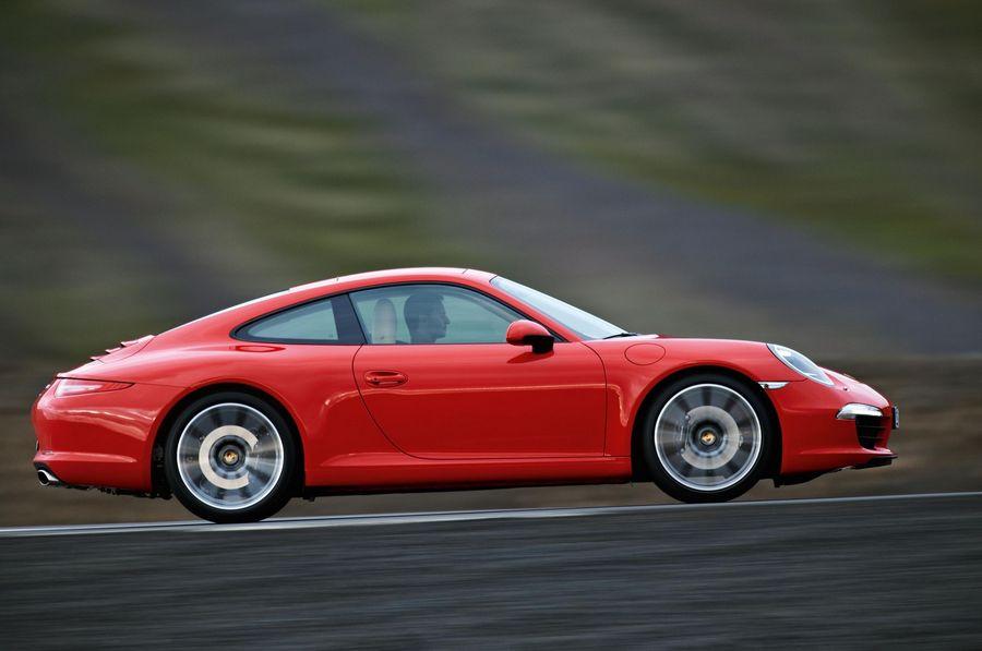 L-Porsche-991-Carrera-S-Side.jpg