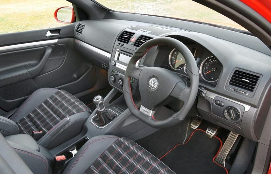 Golf r32 mk5 interior images for Interior volkswagen golf