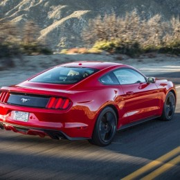 2015 Ford Mustang Rear Side