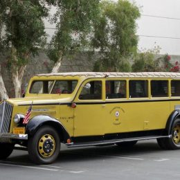 1937 White Model 706 Yellowstone Park Bus (Lot S139)