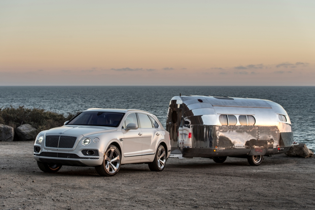 Bentley motors returns to pebble beach with three north for Bentley motors limited dream cars