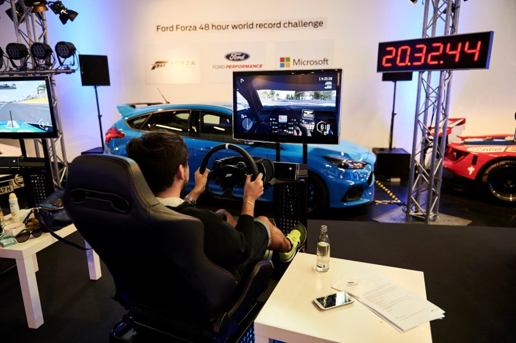 Gamers Drive Ford GT In Forza Motorsport 6 For 48 Hours At Le Mans To Set New Guinness World Record