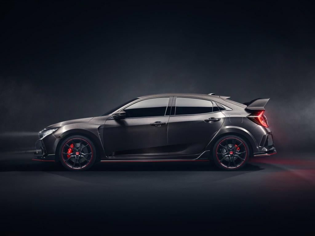 New Civic Type R Prototype breaks cover in Paris
