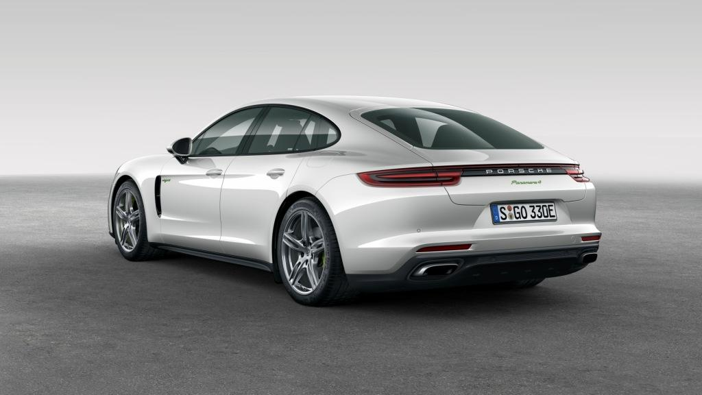 New Hybrid Porsche Panamera Model Unveiled