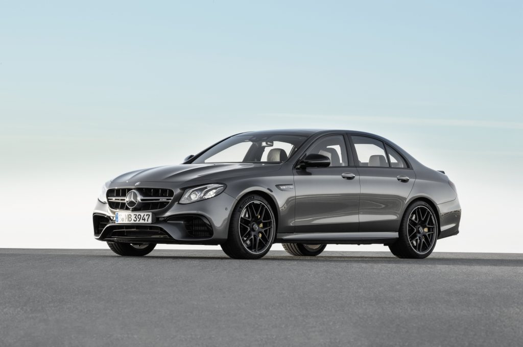 the new mercedes amg e 63 4matic and e 63 s 4matic. Black Bedroom Furniture Sets. Home Design Ideas