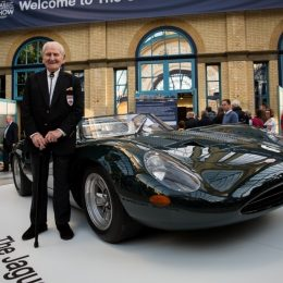 norman-dewis-and-the-xj13