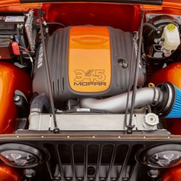 Mopar Unlocks New Crate HEMI Engine Kits At SEMA 2016