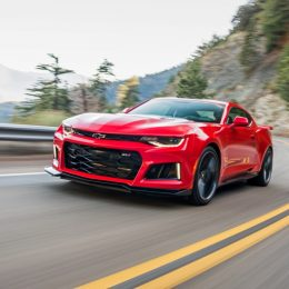 Camaro ZL1 Goes For 200 MPH