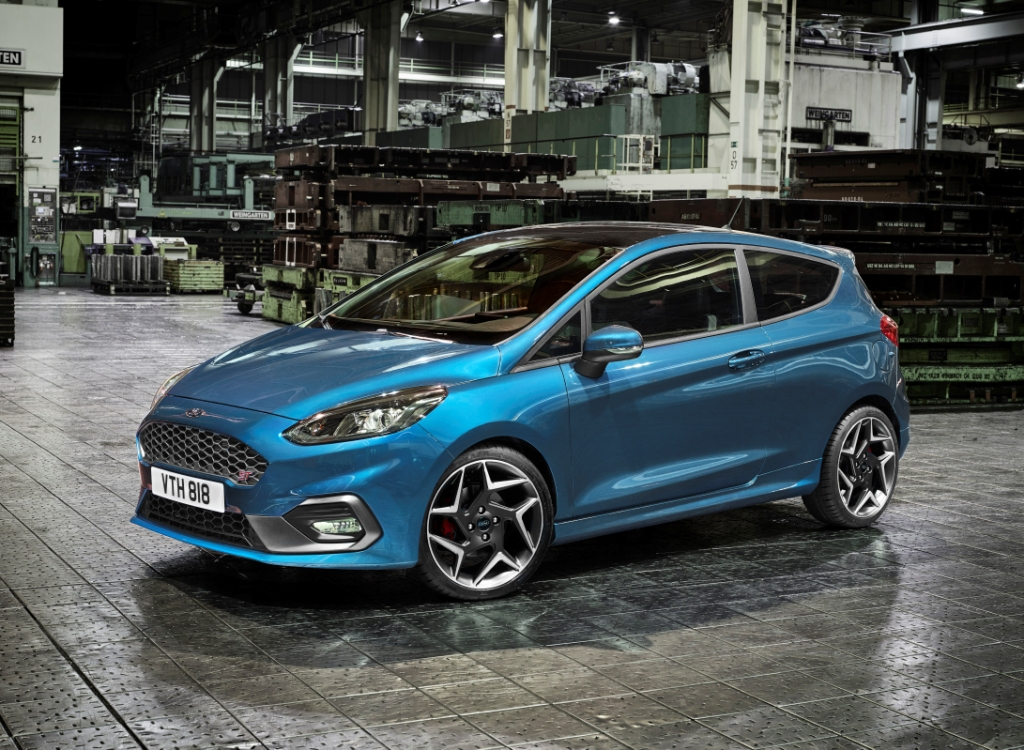 next gen ford fiesta st debuts 200ps ecoboost engine