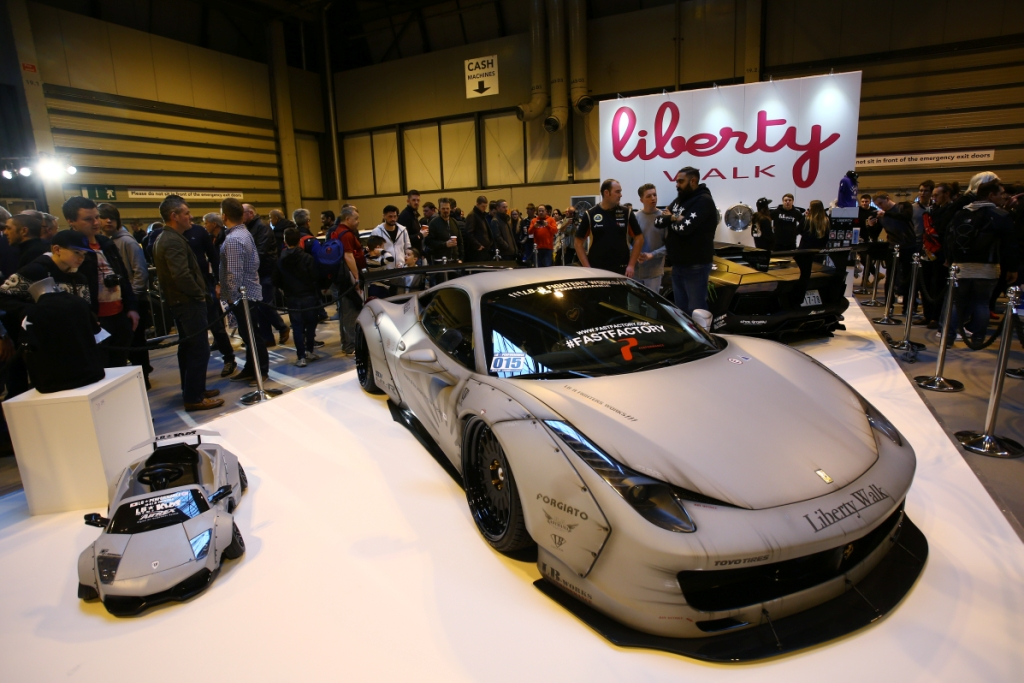 Global Reveal of Bespoke Aventador from Liberty Walk EU