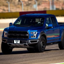 F-150 Raptor has a 3.5 V6 EcoBoost