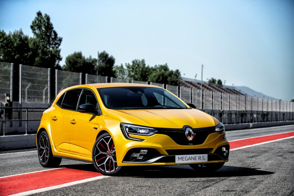 Introducing the new Renault Mégane R.S. Trophy