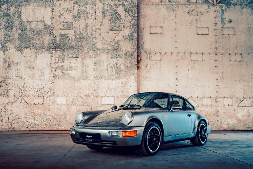 Porsche GB brings 20 stunning restorations to NEC Classic