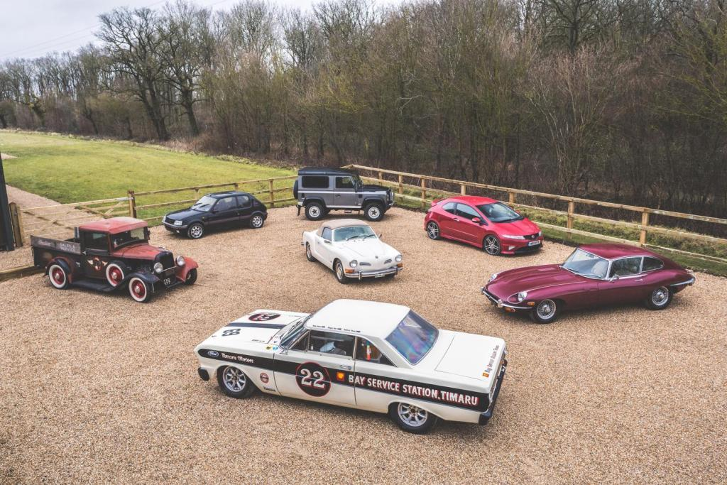 New auction platform for collectable cars launched at Retromobile