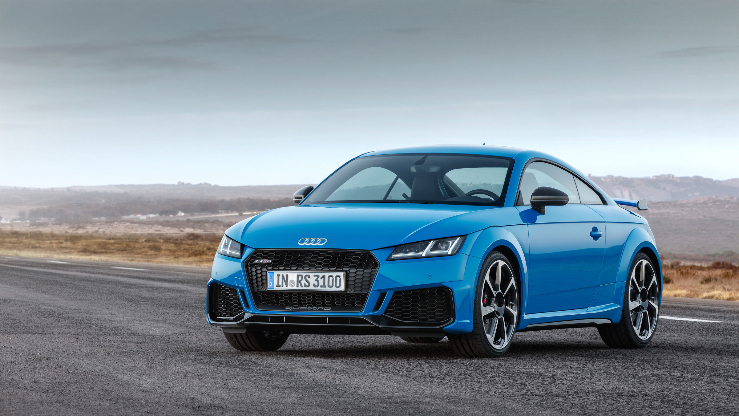 the new audi tt rs ready for launch. Black Bedroom Furniture Sets. Home Design Ideas