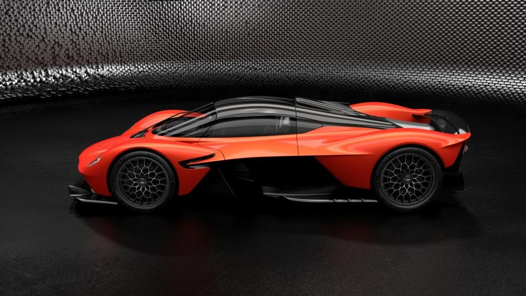 Aston Martin Valkyrie - Designer Specification - MAXIMUM
