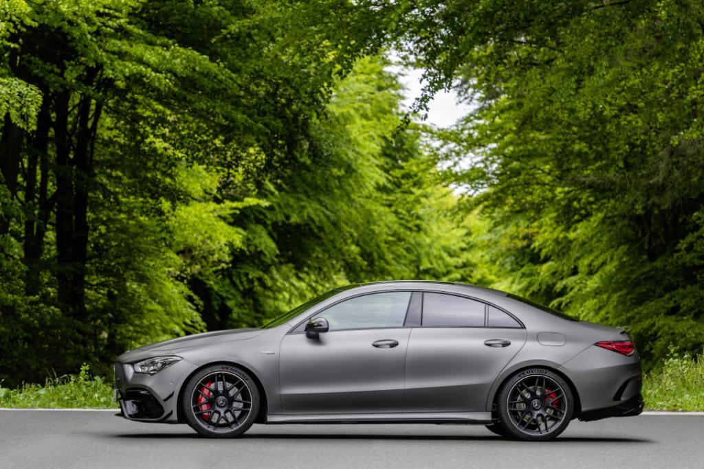 Mercedes-AMG-CLA-45-Coupe