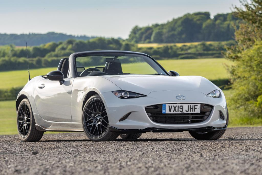 New Cup and Design packs for the Mazda MX-5