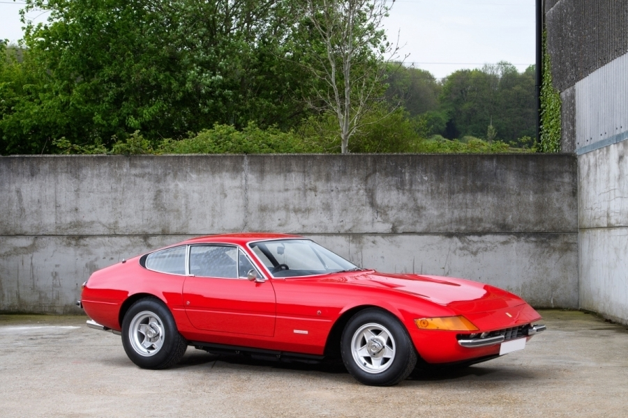 Ferrari Daytona formerly owned by Sir Elton John to be auctioned
