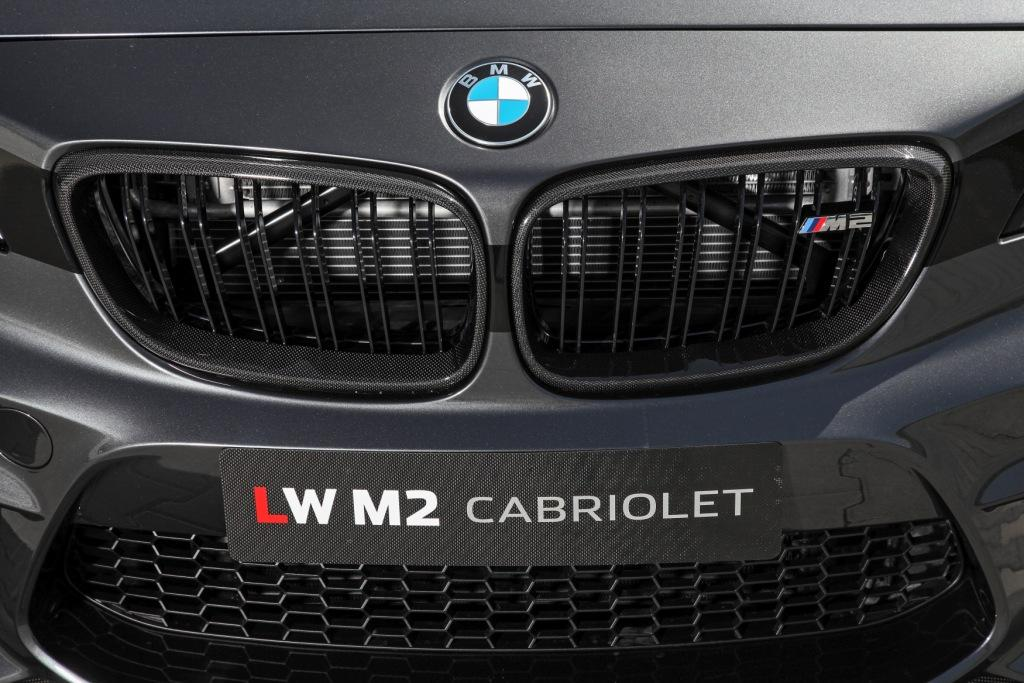 LIGHTWEIGHT Performance M2 convertible