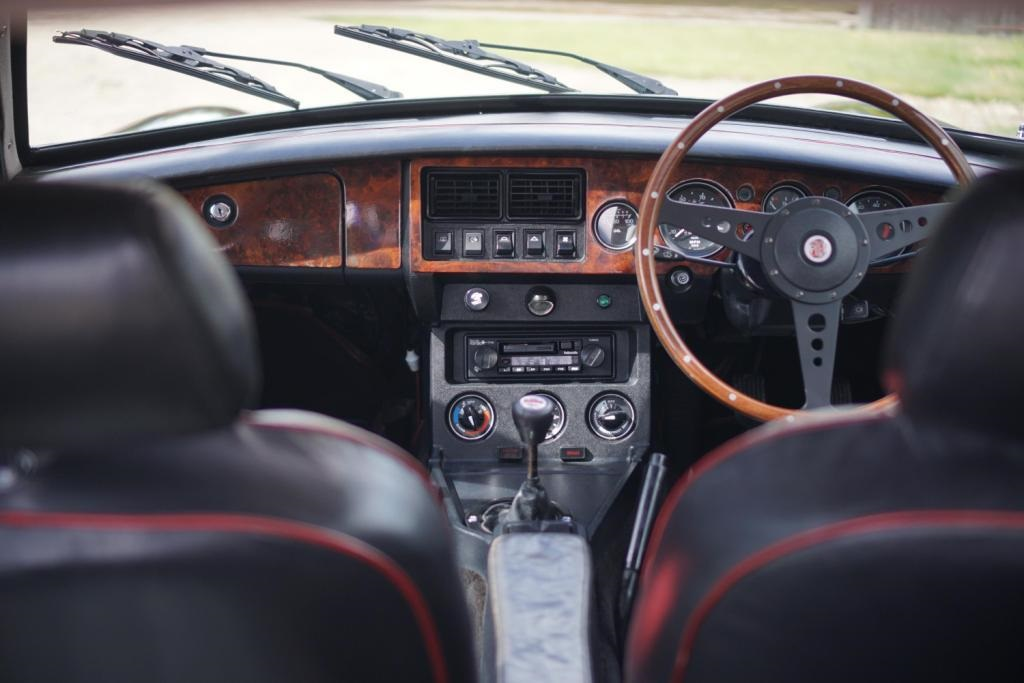 Special Edition classic MGB GT V8 heads to auction