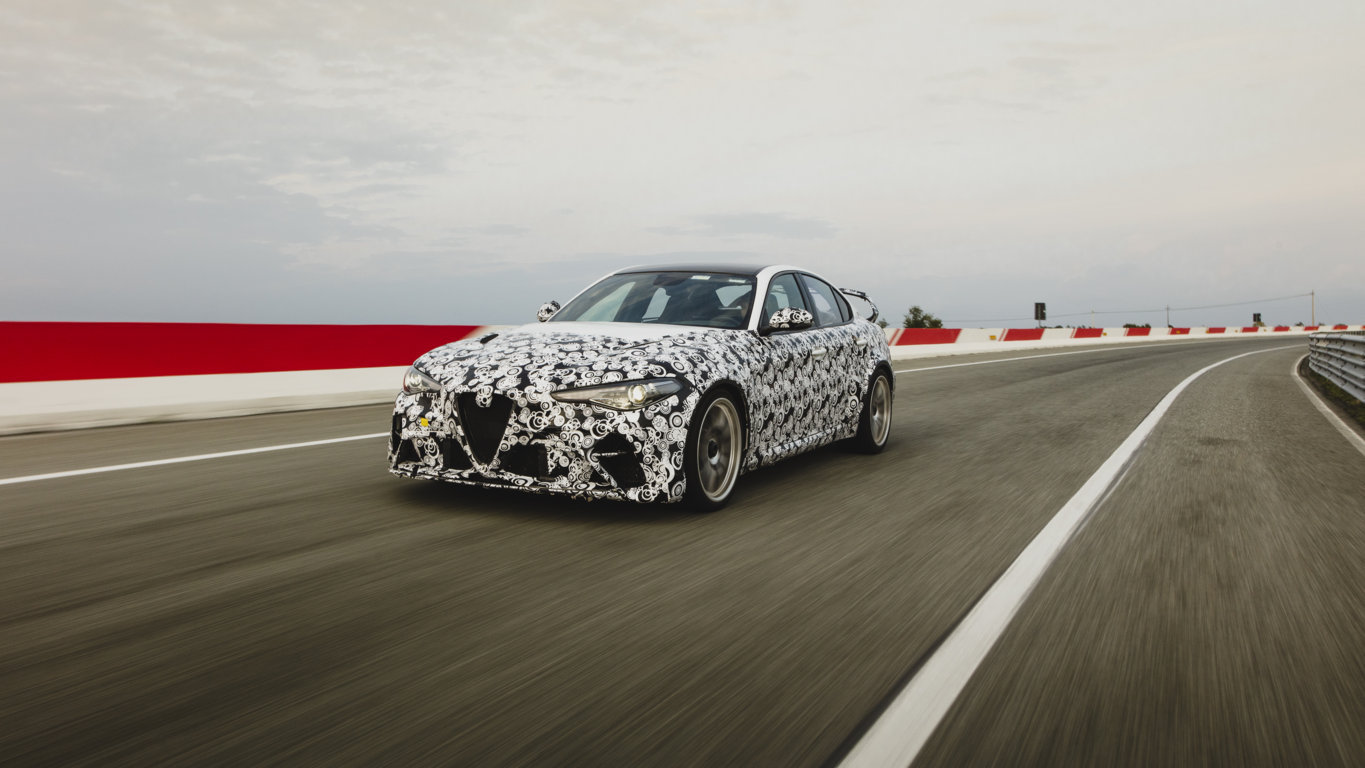 Giulia GTA put through paces by Alfa Romeo racing ORLEN F1 drivers