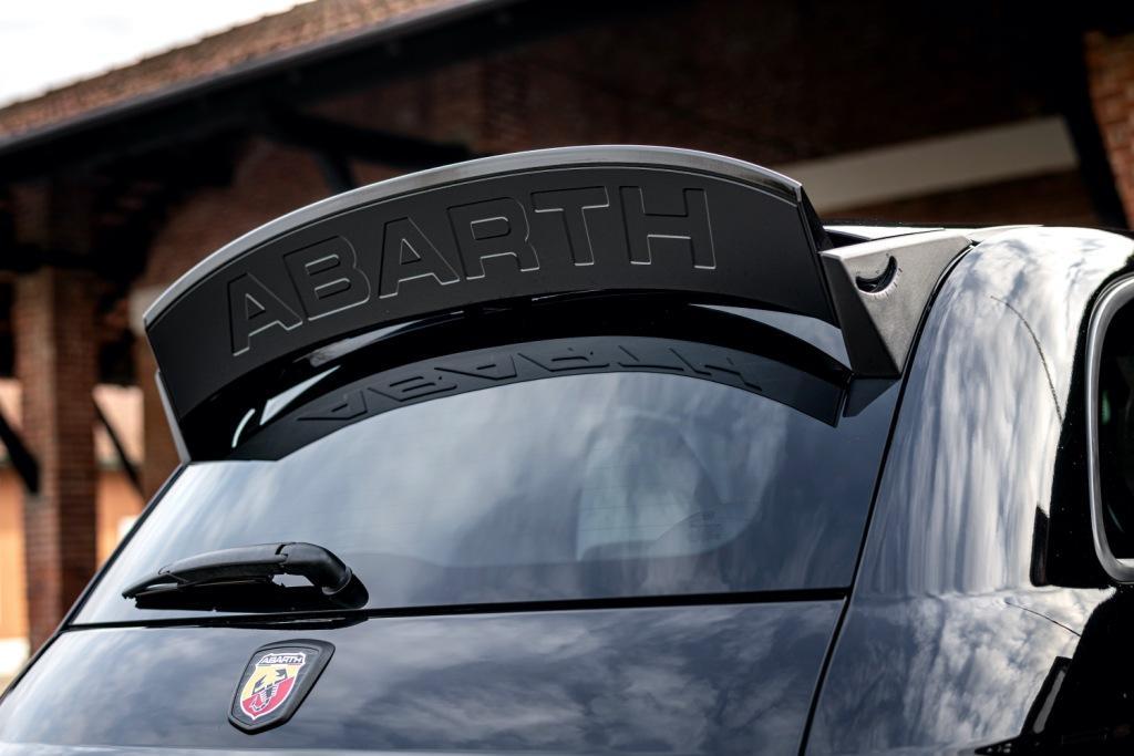 New Abarth 695 Esseesse Scorpion limited edition