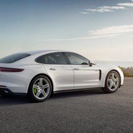New Hybrid Porsche Panamera Model Unveiled