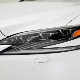 2018 Lexus LS 500 F Sport Debuts At NYIAS 2017