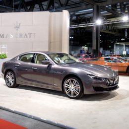 Maserati-Ghibli-GranLusso-MY18-at-Milano-AutoClassica-2017