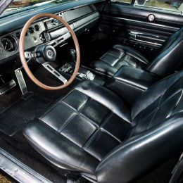 1969 Dodge Charger 'Bullitt' spec interior