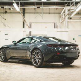 Q by Aston Martin DB11 Classic Driver Edition