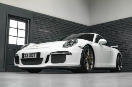 Hire a Porsche 911