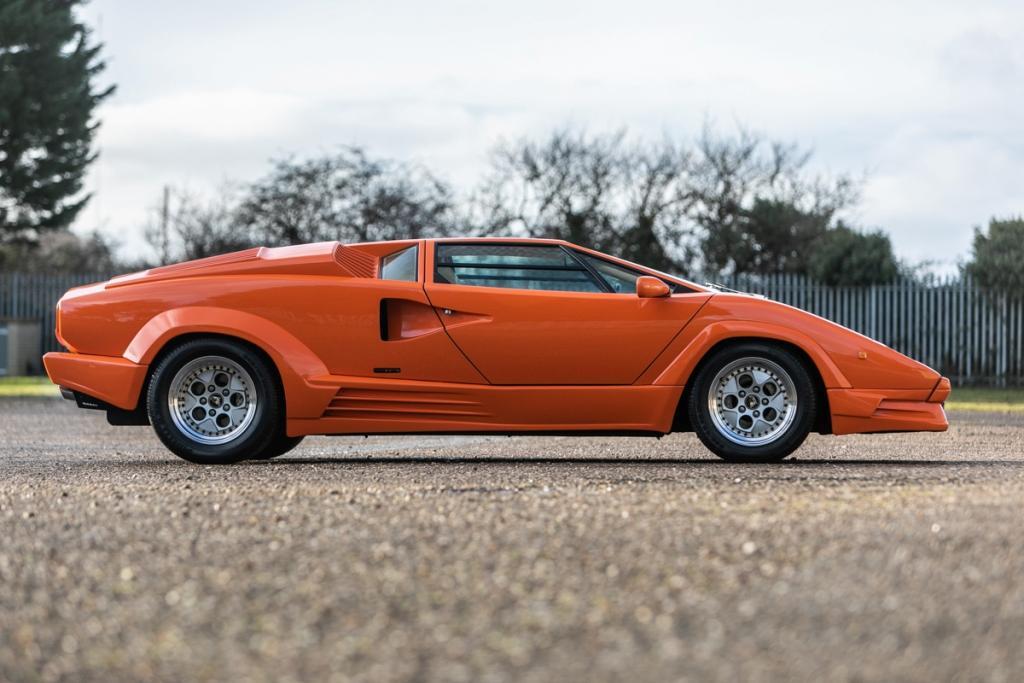 Low mileage 25th Anniversary Lamborghini Countach to go to auction